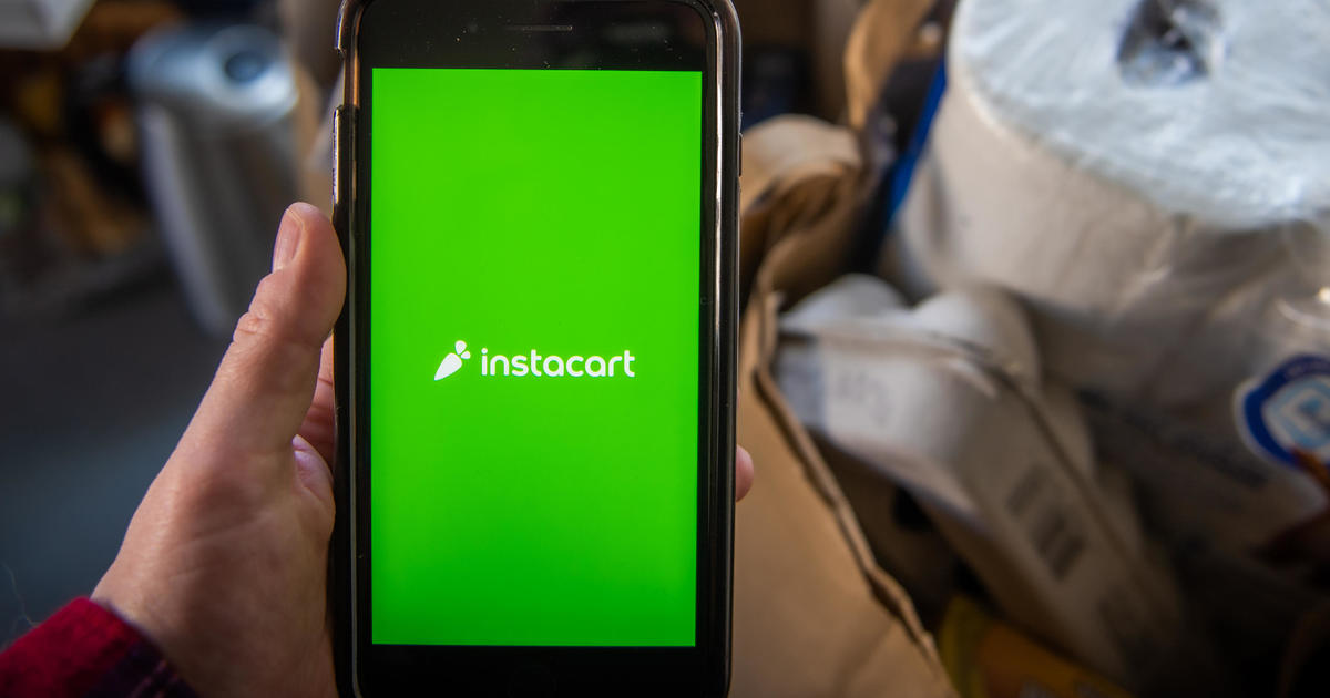 1,800 Instacart workers are losing their jobs. No one agrees on who fired them.
