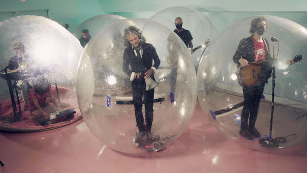 The Flaming Lips  on The Tonight Show Starring Jimmy Fallon