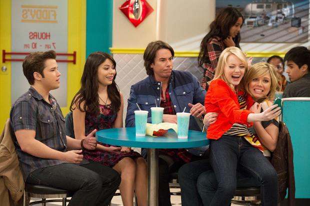 "Available Feb. 8 on Netflix: ""iCarly"" Seasons 1-2"