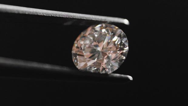 diamond-closeup-620.jpg