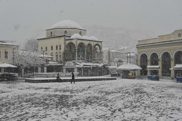 GREECE-WEATHER-SNOW