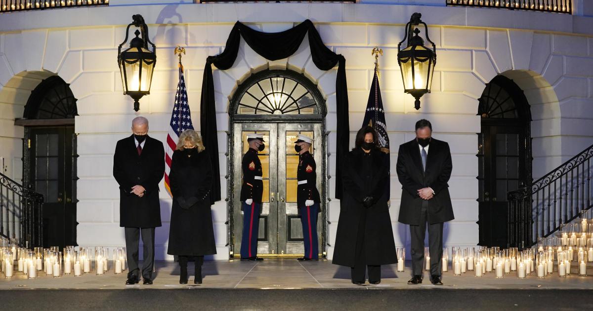 Biden commemorates 500,000 U.S. lives lost to COVID-19