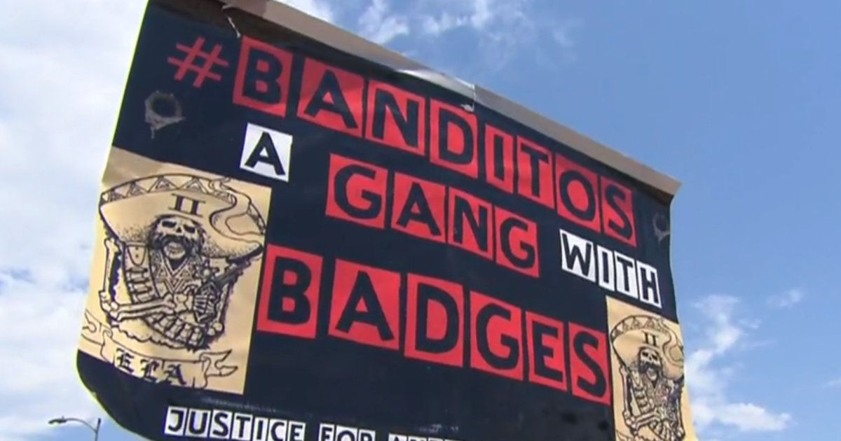 Deputies say gangs exist within Los Angeles Sheriff's Department