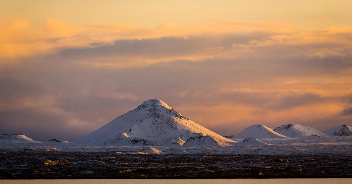 """A """"swarm"""" of over 20000 earthquakes has rocked Iceland in the past 10 days — and it could spark a volcanic eruption – CBS News"""