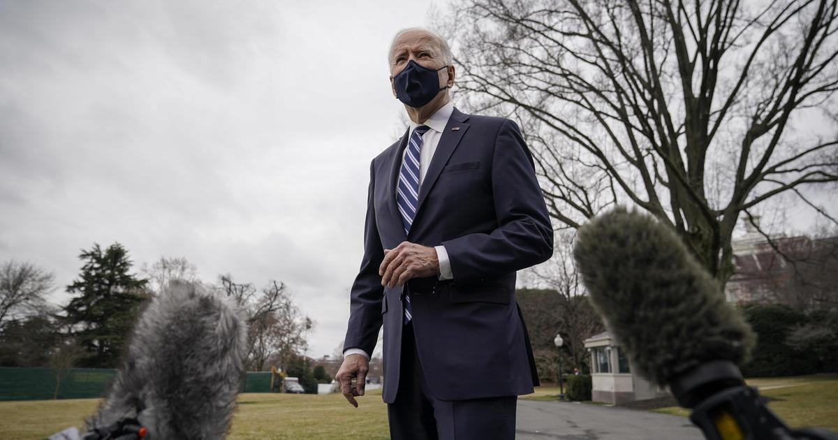 Biden mengatakan dia mendukung reformasi filibuster thumbnail