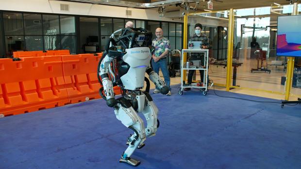robotsscreengrabs07.jpg