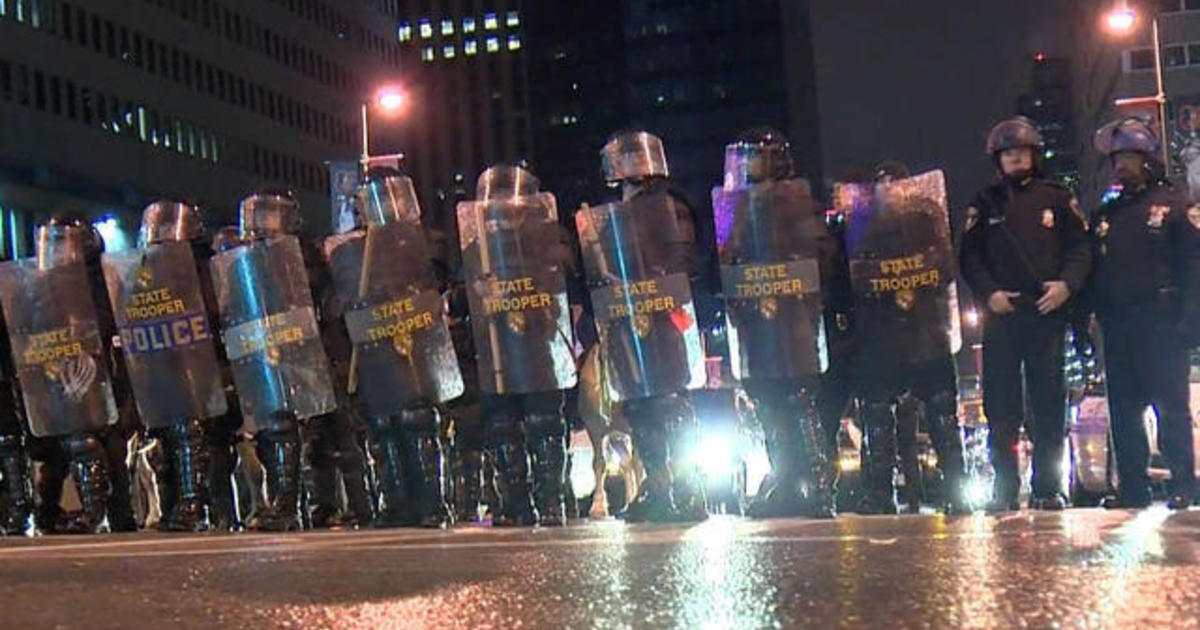 National Guard deployed in Baltimore, delayed response questioned