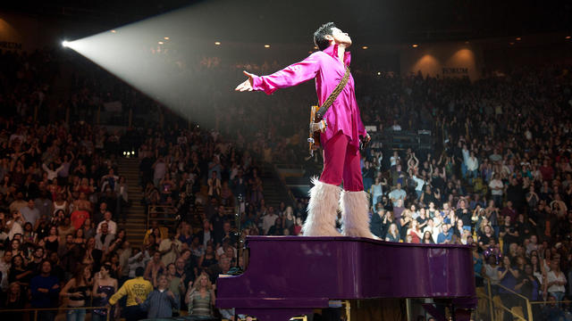 """Prince """"Welcome 2 America"""" Tour - Los Angeles"""