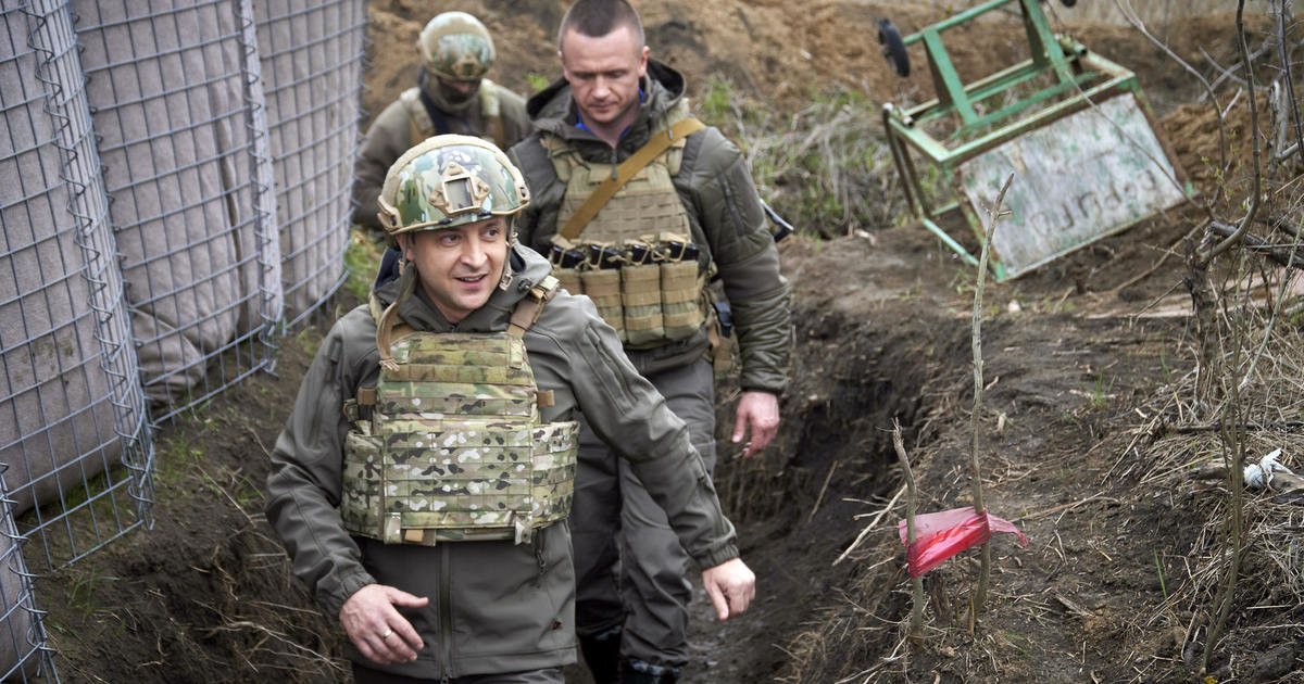 Ukraine says Russia has moved 80,000 troops to border and Crimea, and Putin won't talk