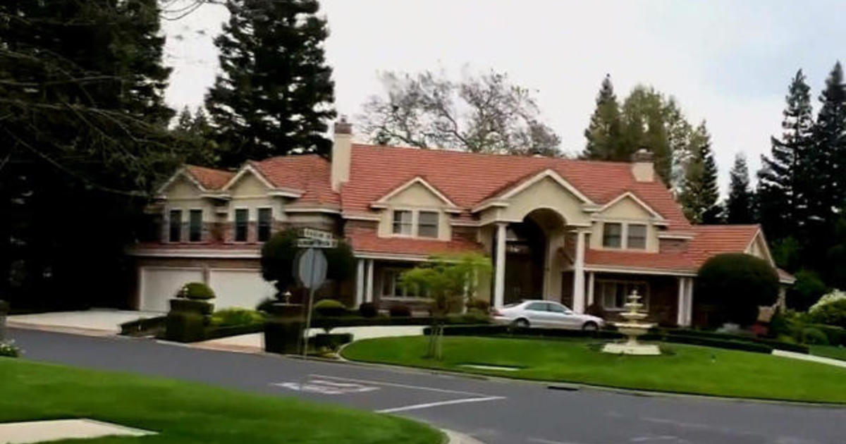 Residents in exclusive Calif. community ordered to water lawns