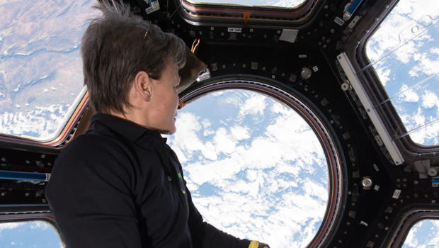 iss-whitson-in-cupola-620.jpg