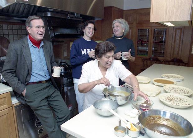 Paula Rendon with Bush family
