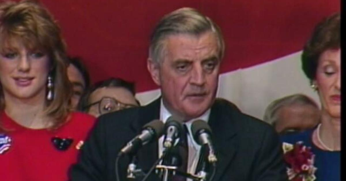 Former Vice President Walter Mondale has died at 93