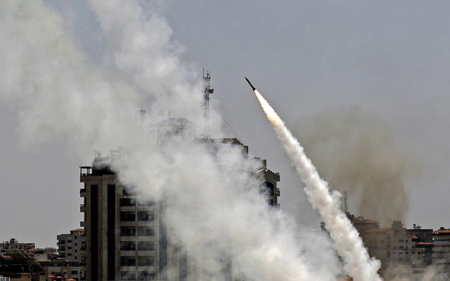 Israel to ramp up deadly airstrikes on Gaza as rockets rain down and deaths  mount on both sides - CBS News