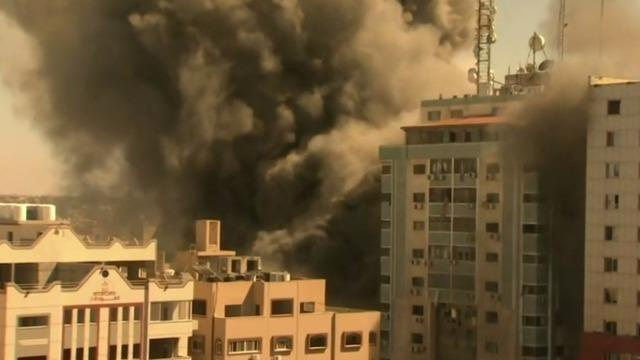 cbsn-fusion-fighting-intensifies-between-israel-and-hamas-thumbnail-715824-640x360.jpg