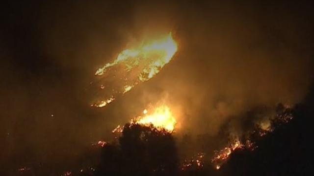 la-area-wildfire-palisades-fire-nite-of-051621.jpg