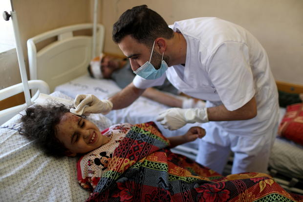 A Picture and its Story: Gaza girl survives Israeli strike that shattered her family and home