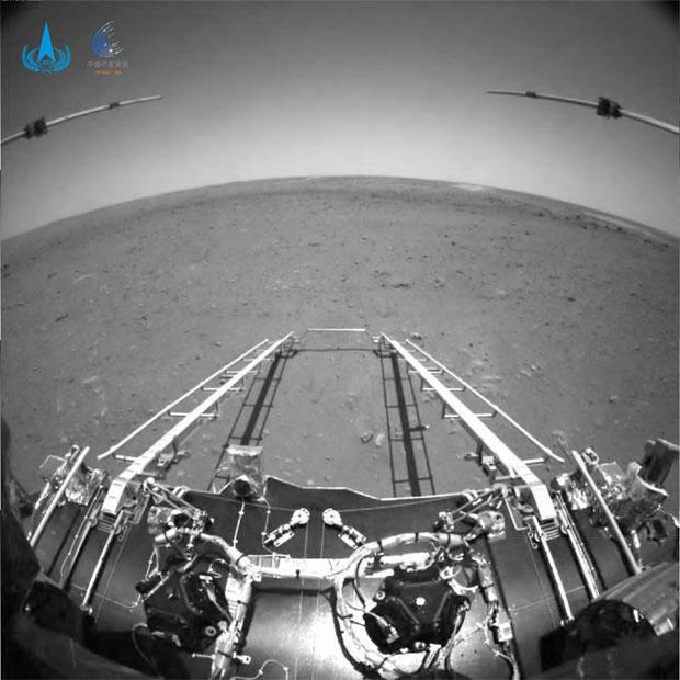 051921-china-rover-ramps.jpg