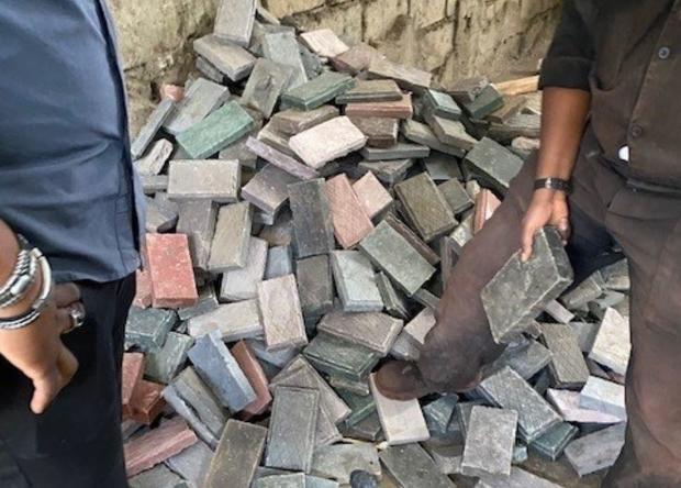 plastic-bricks-kenya.jpg