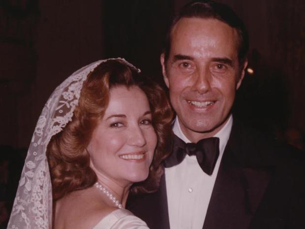 elizabeth-and-bob-dole-wedding-photo.jpg