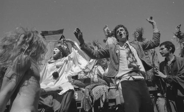 Gay Freedom Day, Christopher Street West, San Francisco Gay Pride Parade ; 06/25/1972