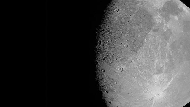060821-ganymede1.jpg