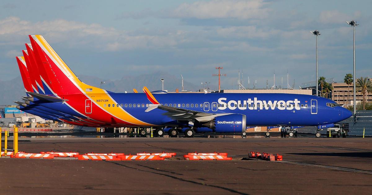 Hundreds of Southwest flights canceled after two disruptions
