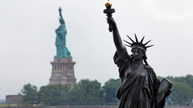 statue-of-liberty-little-sister-1920.jpg