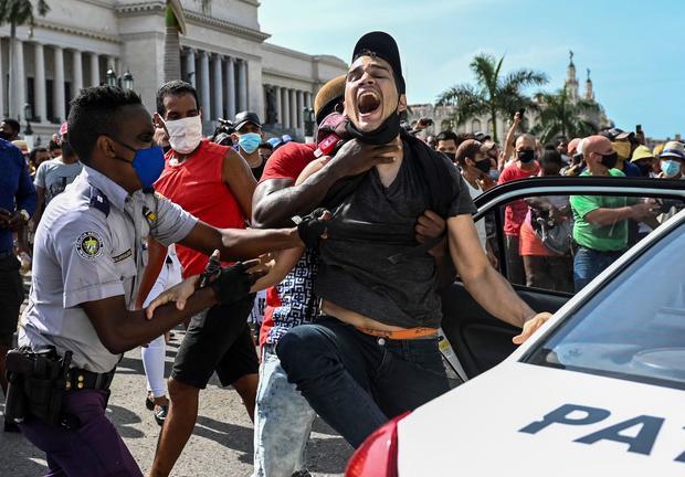 CUBA-POLITICS-DEMONSTRATION-DIAZ-CANEL