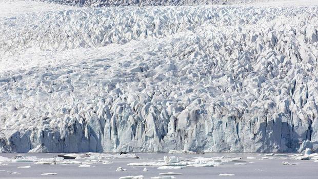 Icelandic glacier Fjallsjökull
