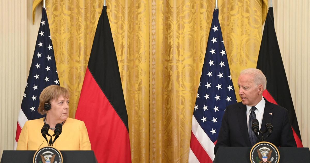 Biden mengadakan konferensi pers dengan Merkel . Jerman thumbnail