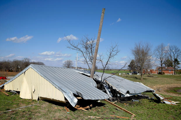 One Killed In Missouri During Major Tornado Outbreak In Midwest