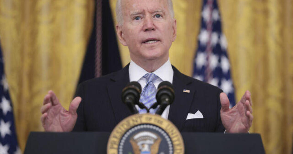 Biden announces federal workers must prove vaccination status or face new rules
