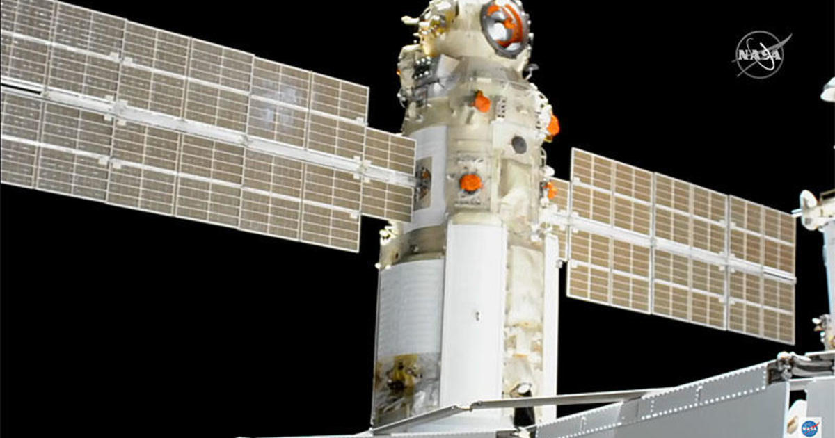 """Space station """"brought a knife to a gun fight"""" in battle with Russian lab module, NASA flight director says"""