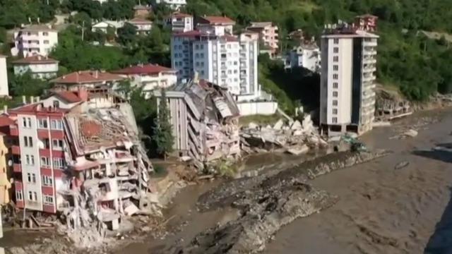 cbsn-fusion-dozens-killed-after-flash-floods-sweep-through-turkey-thumbnail-772533-640x360.jpg - Isu Akhir Pekan CBS, 8 Agustus 2021