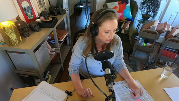 Podcaster Marie Mayhew
