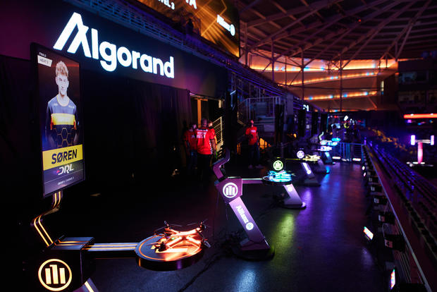 drl-racer4-drones-on-the-algorand-launch-pad-in-the-2021-22-drl-world-championship-season.jpg