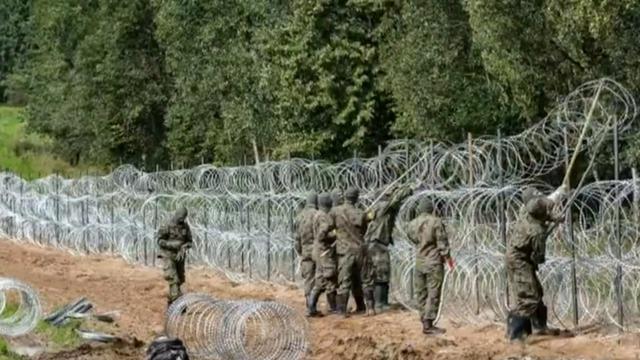 cbsn-fusion-polish-leaders-accuses-belarus-of-hybrid-warfare-as-migrants-rush-to-border-thumbnail-803664-640x360.jpg