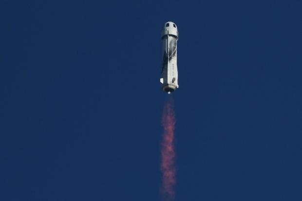 US-space-BlueOrigin-Shatner