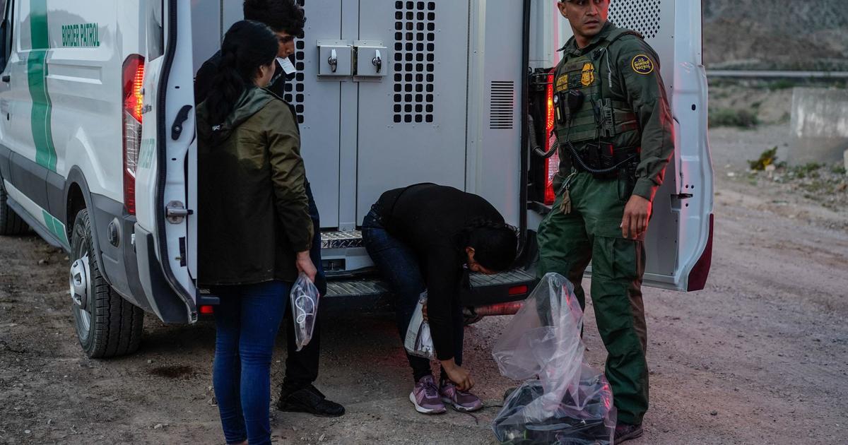 """U.S. prepared to restart """"Remain in Mexico"""" border policy in November"""