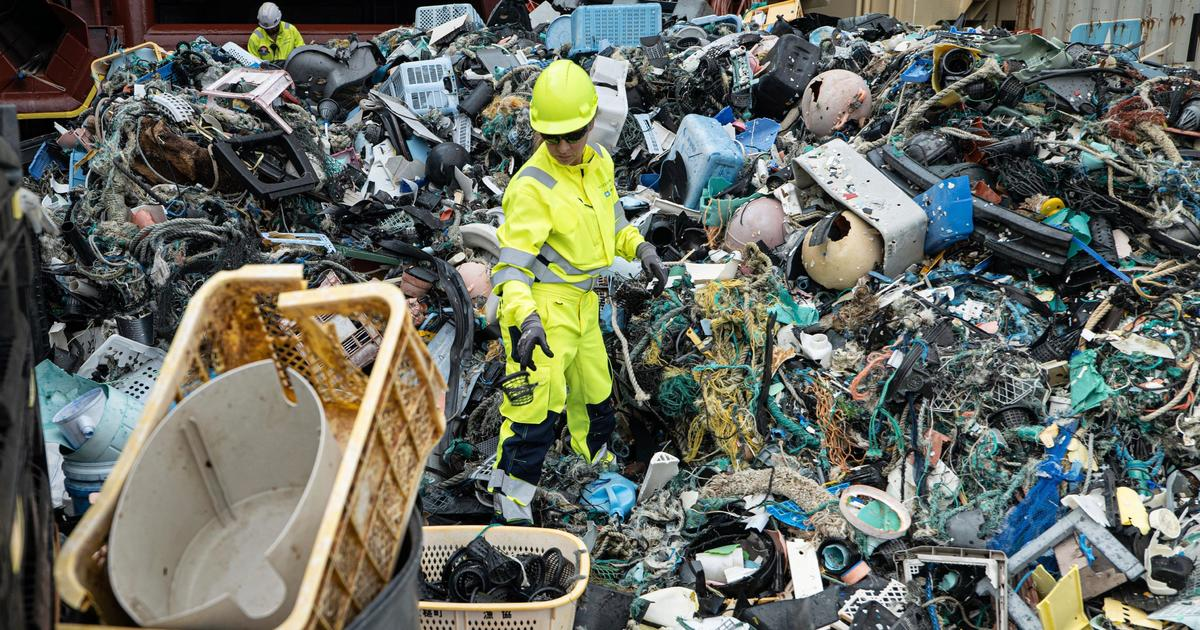 Nearly 20,000 pounds of trash removed from one of the biggest accumulations of ocean plastic in the world